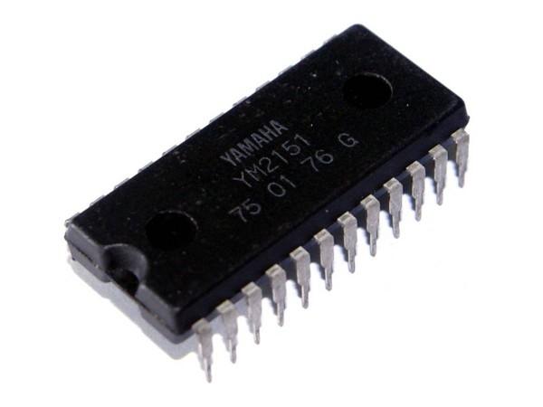 IC YM2151