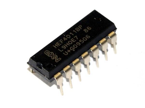 IC 4011, quad 2-input NAND