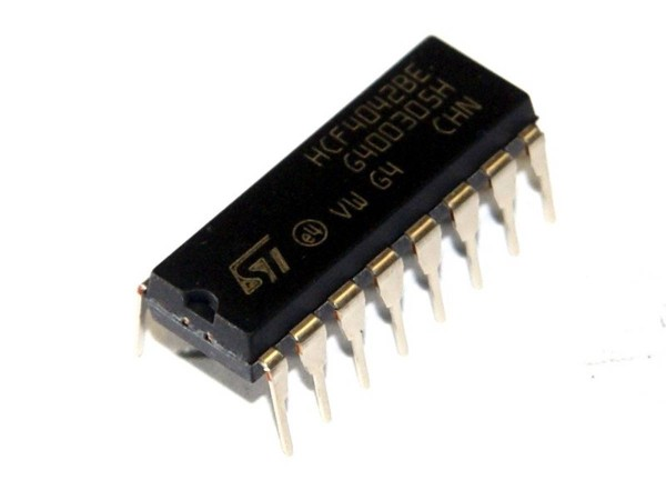 IC 4042, 4x Speicher Register