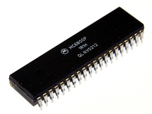 IC MC6800P